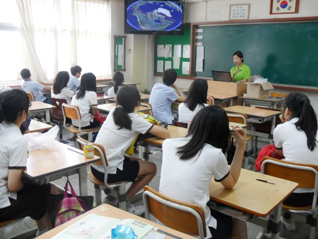 what i learned in english essay English 101 has made it easier for me to formulate a well thought out thesis statement and essay creating well-supported and detailed body paragraphs is the next step in a well written essay throughout this semester, i learned how to summarize, paraphrase, and quote particular information in multiple articles.